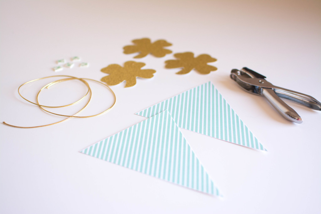 DIY Saint Patricks Day Shamrock Banner
