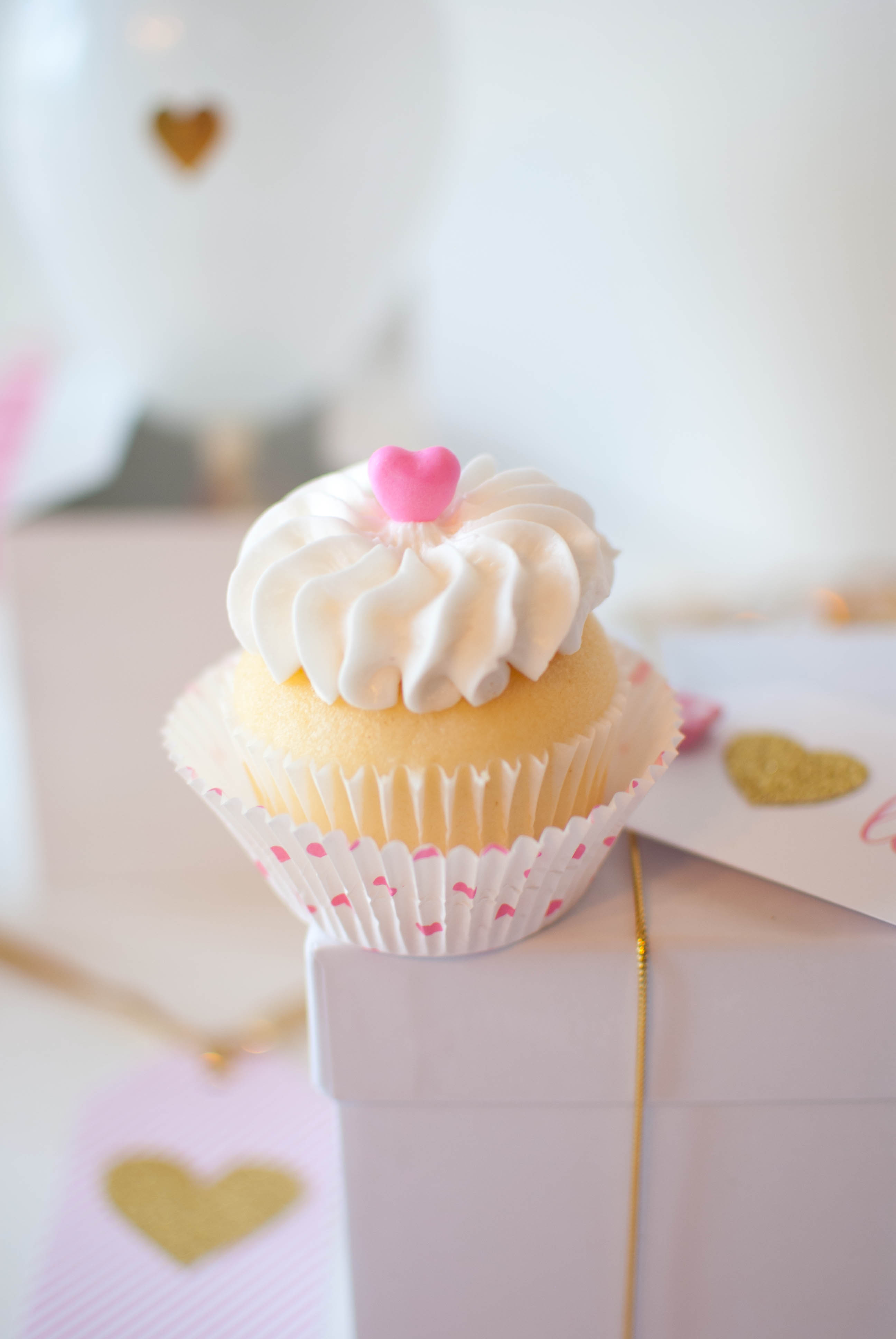 Pink Amp Gold Valentine S Day Party Ideas