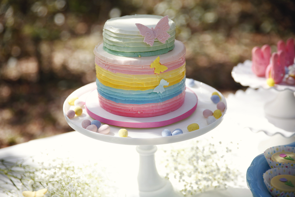 Easter Party styled by Andressa Hara of Twinkle Twinkle Little Party