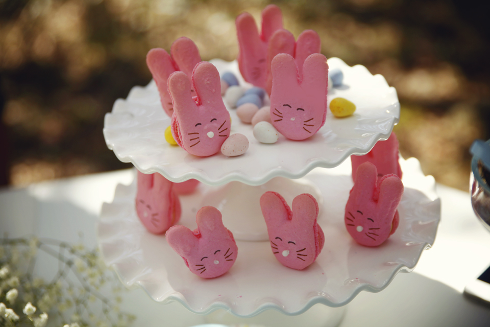 Sharon of Le Bonbon made these super cute bunny macarons! Amazing work!