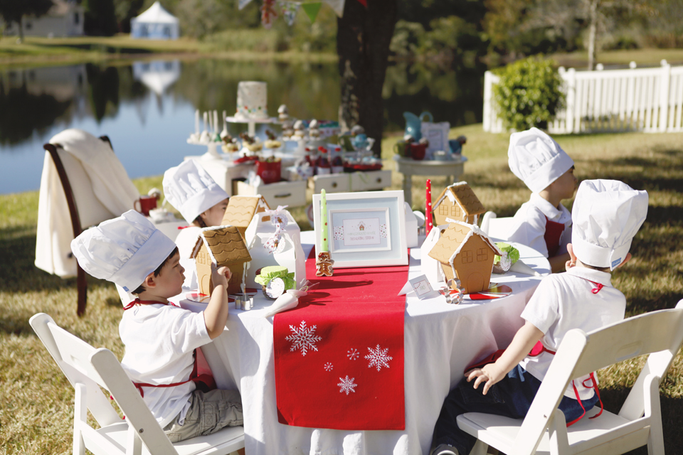 Host an Adorable Gingerbread Decorating Party