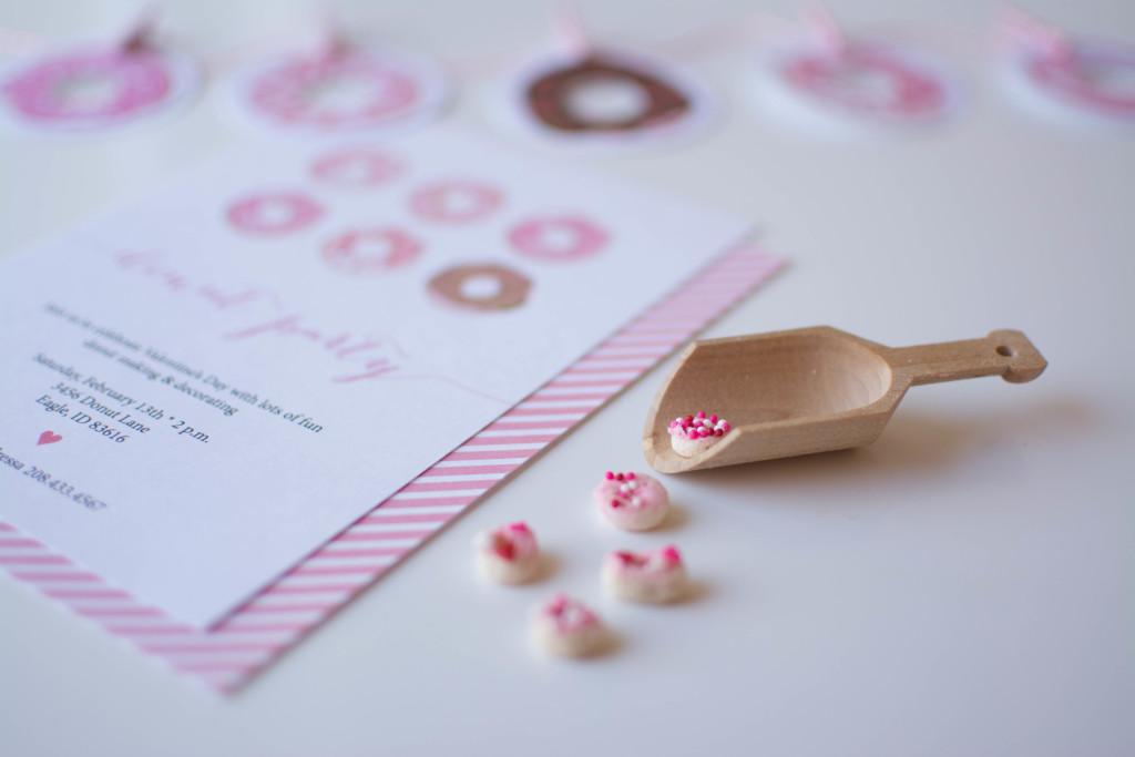 DIY Donut Garland + Mini Cereal Donut Tutorials