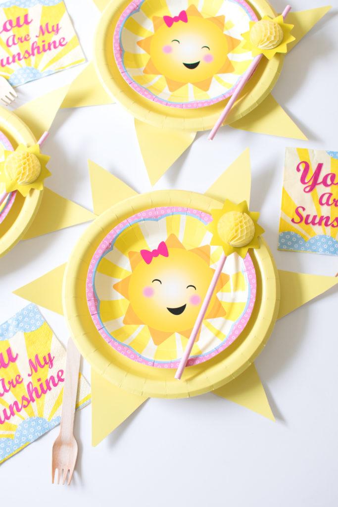 DIY 'You are my sunshine' party plate