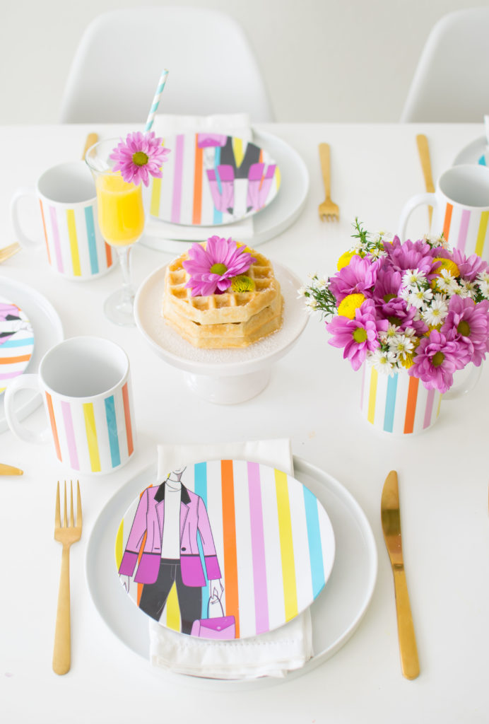 How to host a simple yet pretty Mother's Day Breakfast or Brunch to celebrate the Boss Ladies in your life