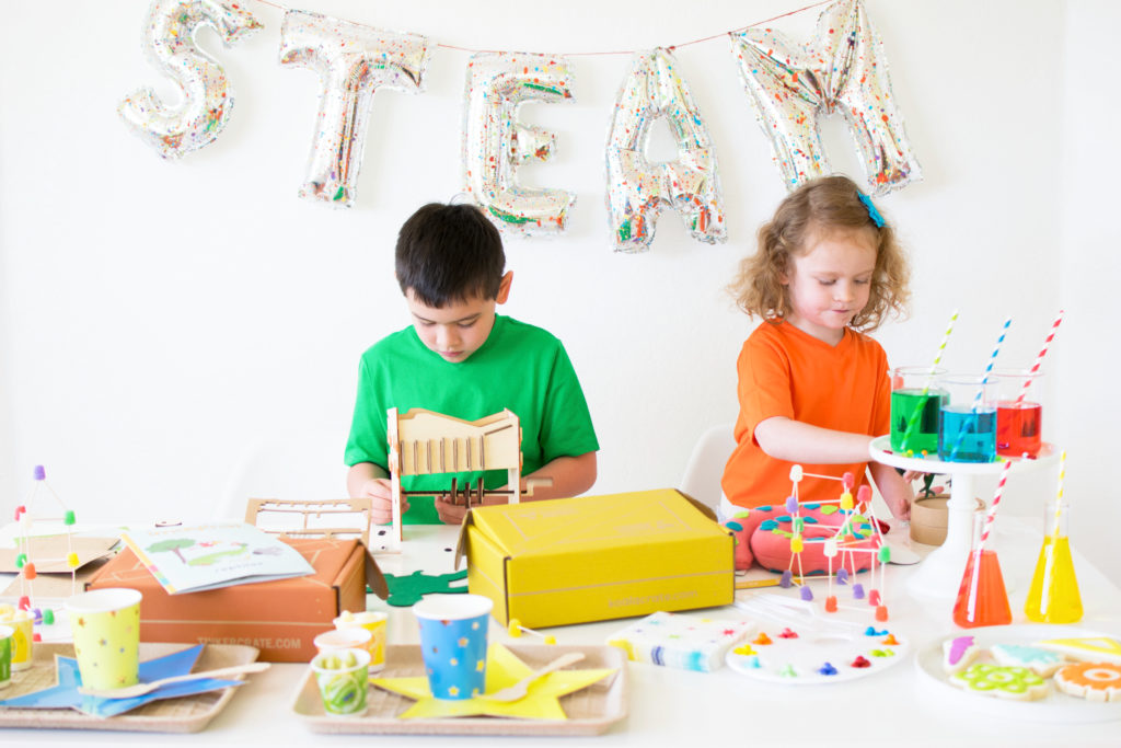 How to host a STEAM party/playdate for the kids