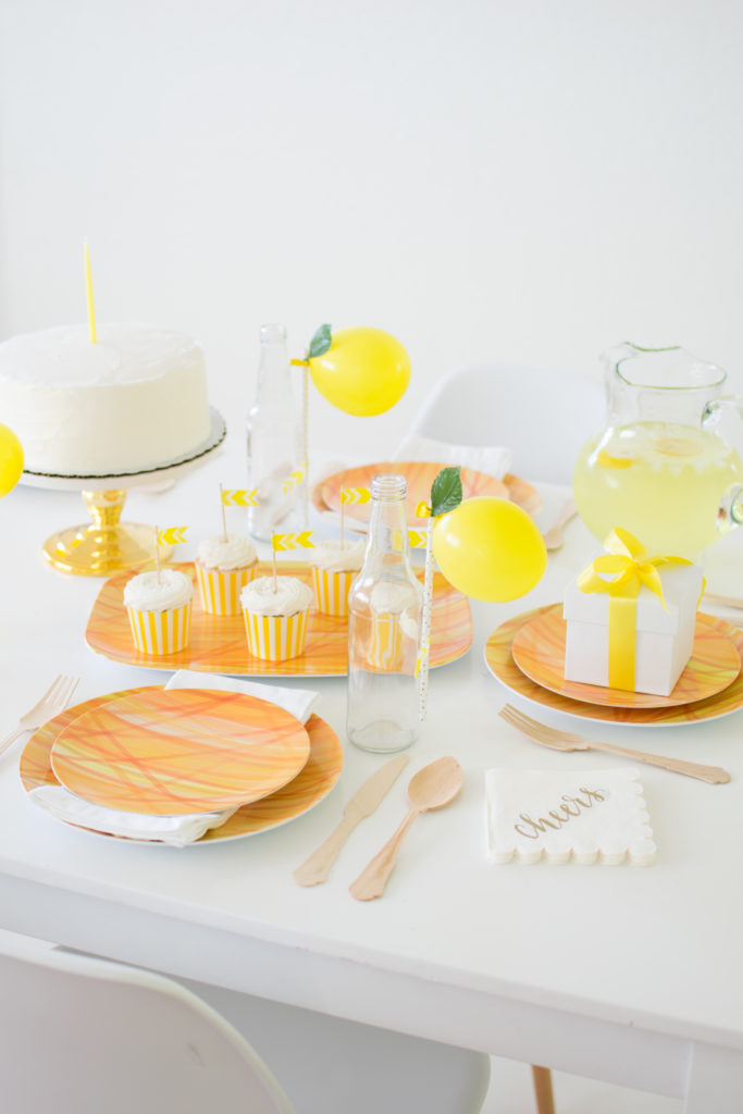 How to set up an effortless Summer Tablescape