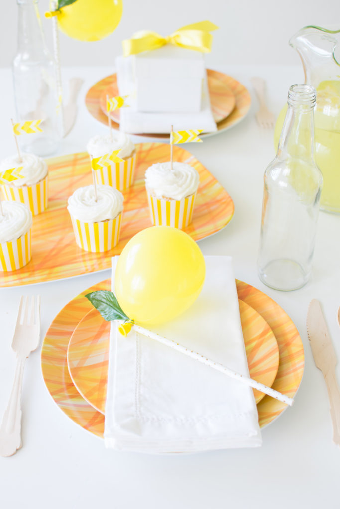 How to set up a casual summer tablescape for effortless entertaining