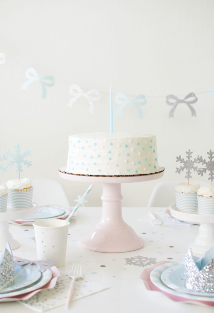 Adorable Fun Frozen Spa Party Ideas for little girls