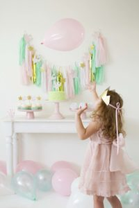 Throw a Sweet Swan Birthday Party