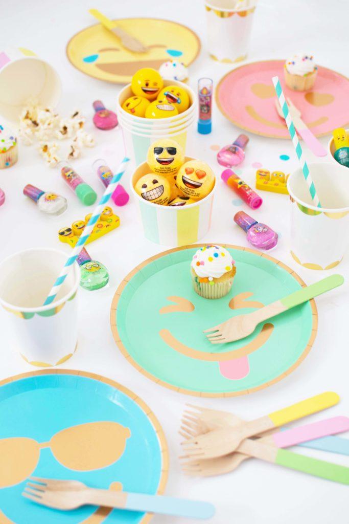 Throw a fun Emoji Spa Party