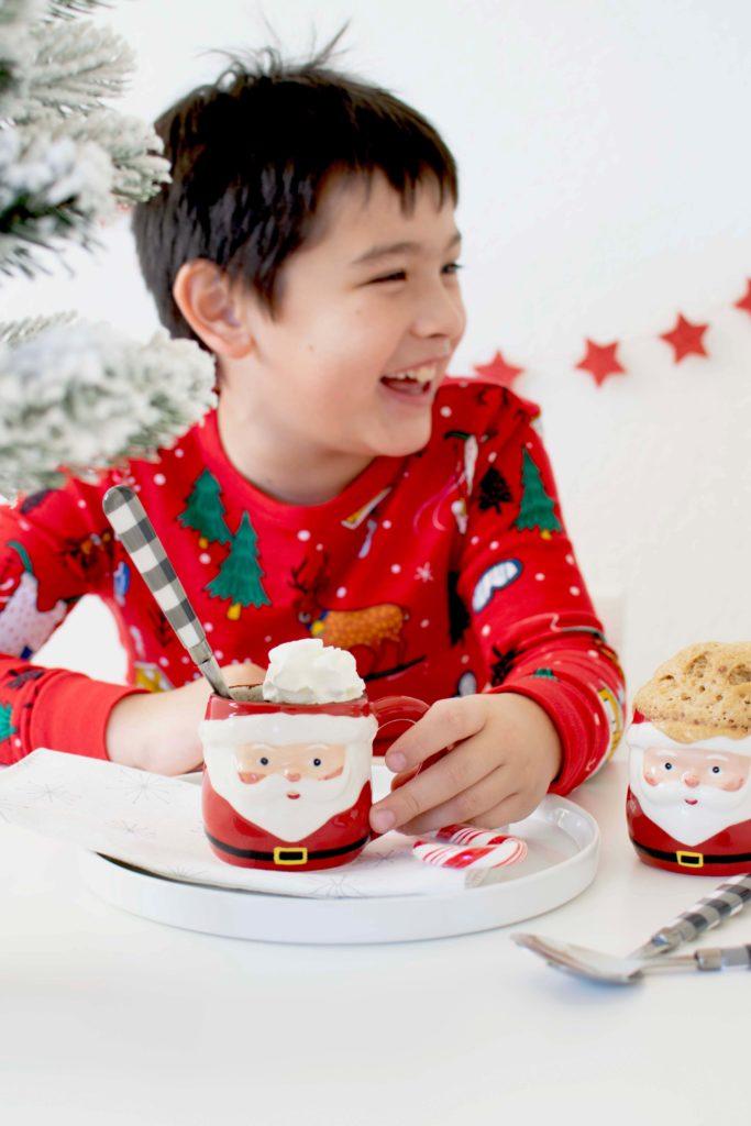 Holiday Santa Mug Cakes