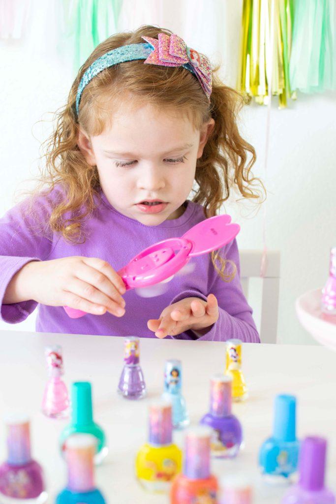 Disney Princess Party Favors + Free Printable Tags