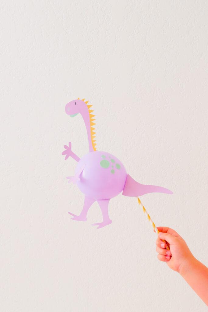 The Cutest DIY Dinosaur Balloon